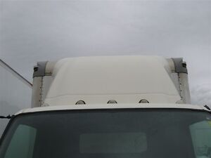 2013 Hino 195 Cab/Over with a 18 FT. Dry Van Body with a ... Edmonton Edmonton Area image 3
