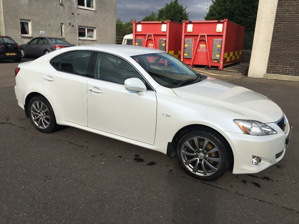 2008 lexus is 220d se caspian sky pearlescent white paint very low milage 46800 in london road. Black Bedroom Furniture Sets. Home Design Ideas