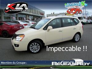 2012 Kia Rondo EX Full, Impeccable !