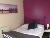 Double Rooms, BRAND NEW MATTRESSES!! Available now! Close to town..