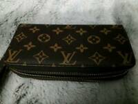 Louis vuiton double sided purse