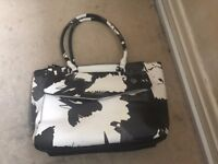Brand New Genuine Fiorelli Black and White Womens Handbag. Yours for £12 or Offer!!