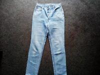 Women's Levi jeans 30 w 32 leg orange tab