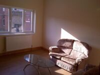 Modern 2 Bedroom Flat to Let/Rent in Rotherham Close to Centre S61 1BP free parking £90 Per Week