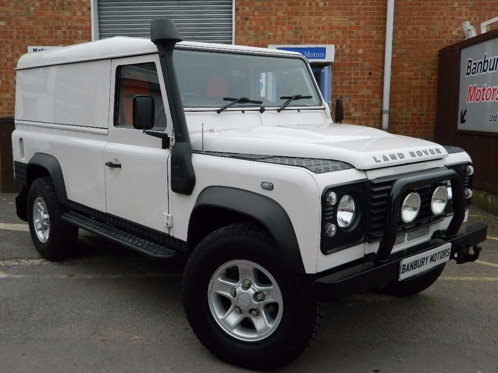land rover defender 110 white 2008 in ascot berkshire. Black Bedroom Furniture Sets. Home Design Ideas