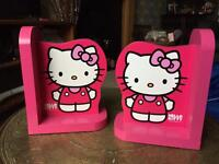 Wooden Hello Kitty bookends excellent condition