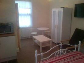 Superb refurbished studio 5 minutes from Coventry University £495 per month