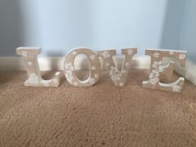 Shabby Chic Wooden Letters 'LOVE'