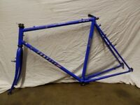 """Emmelle Routier 700c 23"""" Hybrid bike frame with 700c wheels & tyres"""
