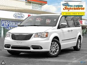 2016 Chrysler Town & Country Touring-Leather/NAV/power doors