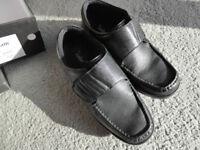 Size 11 men's shoes