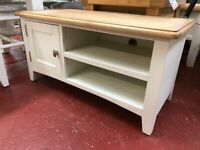 NEXT DAY DELIVERY New oak and ivory Small TV unit £189