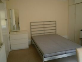 Good sized Bedsit available 13th July 2018 in Shirley - most bills included