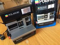 Polaroid Instant Camera - Sun 600 LMS - vintage collectable - W12 area