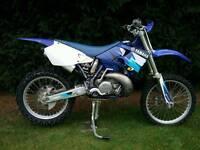2001 Yamaha YZ250 Motocross Bike