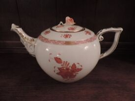 Herend China Teapot in 'Rust Chinese Bouquet' Pattern