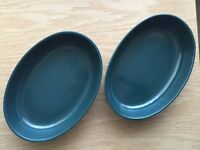 2 large green oval oven dish