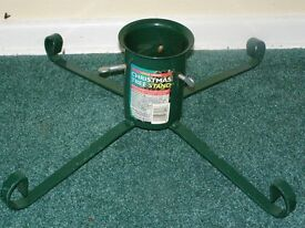 Christmas Tree Stand - £5 – Good used condition