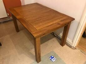 Solid oak rustic 6 to 8 people extendable dining table RRP £549
