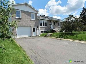 244 000$ - Maison à paliers multiples à vendre à Sherbrooke