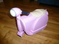 PINK / BIKE SCOOTER SUITCASE / HAND LUGGAGE