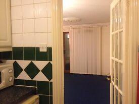 2 bedroom City Centre Flat