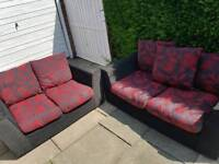 3+2 seater lovely suite free local delivery in leicester