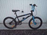 Mongoose Brawler BMX Stunt Bike