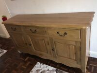 Solid oak sideboard 5ft long