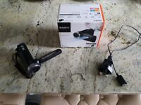 Sony Handycam HDR-PJ340E / Excellent Condition w/ HDMI & Charging Cable / Open to Offers