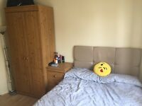 Small Double Room to Rent £500 inc. bills