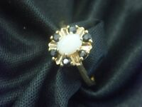 9ct GOLD OPAL & SAPPHIRE RING