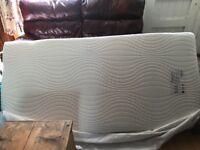 Single deluxe memory foam mattress - used once