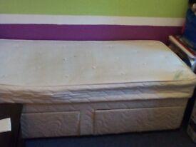 SINGLE 2 DRAWER DIVAN BED