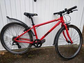 Frog 69 Hybrid Bike in Red, plus 2 sets of tyres.