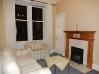 2 bed flat Stockbridge Comely Bank Ter . Cosy good condition close to West end