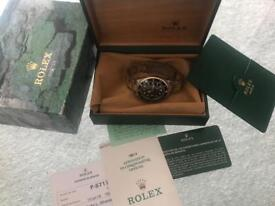 2001 Rolex Submariner - Box, Papers & Rolex service card