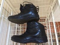 Walking boots size 5 - excellent condition