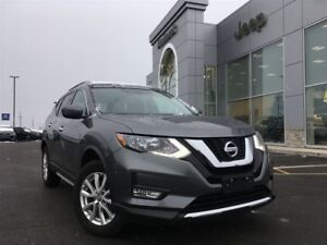 2017 Nissan Rogue SV AWD 2.5L MOONROOF, HEATED SEATS