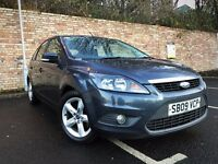 NEW SHAPE 2009 FORD FOCUS ZETEC 1.6 LONG MOT SERVICE HISTORY [not golf polo fiesta clio]