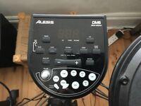 Alesis DM6 Electronic drumkit + sticks