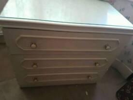 3 Draw chest drawer
