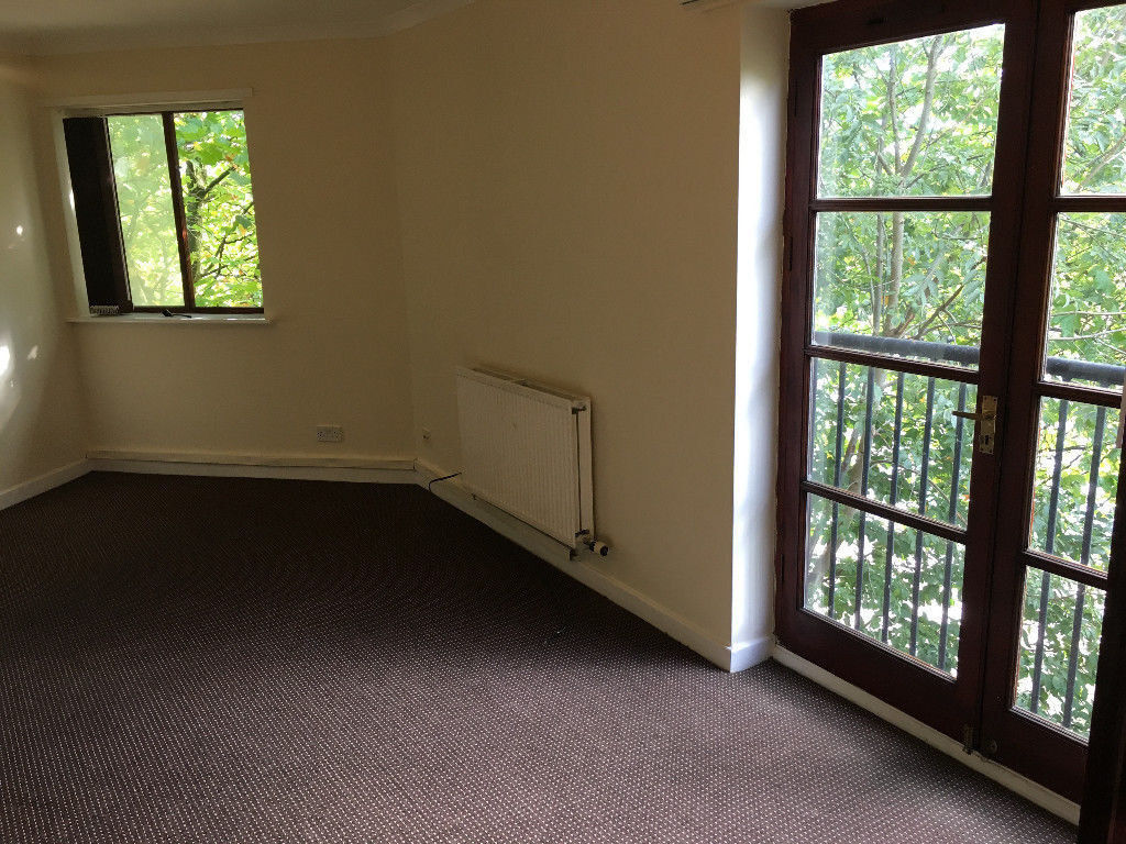 1 Bedroom Flat Close By To Salford Quays