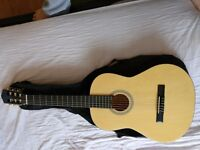 3/4 Size acoustic guitar with carry bag