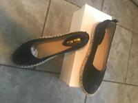Ladies size 6 black glittery loafers new