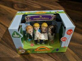 ELC Happyland Royal Family New Boxed Prince William Kate Louis Charlotte George Toys Limited Edition