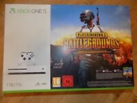 **SEALED** XBOX ONE S 1TB & PLAYERUNKNOWN'S BATTLEGROUNDS GAME PREVIEW BUNDLE & 1 MONTH XBOX PASS