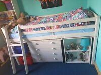 Midsleeper bed in white