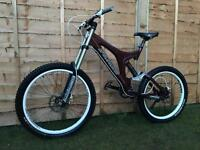 Specialized big hit full suspension Downhill bike, HIGH SPEC, HALO