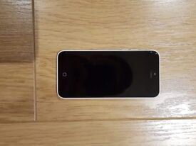 iPhone 5c White-16 GB With case